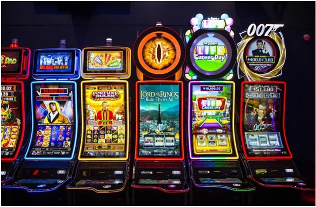 What are Multi Gaming Slot Machines